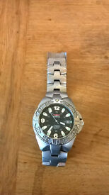 Invicta 9301 Mens Diver Watch. Automatic Winding, Titamium, Water Resistant.