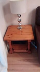 PINE SIDE TABLE 22INCH