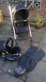 Maxi-Cosi pushchair travel system