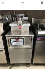 Henny Penny Fastron GAS Pressure Fryer It Is Very Good Conditions