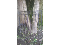 Single width iron gate, old and used, in good condition, good quality - heavy!