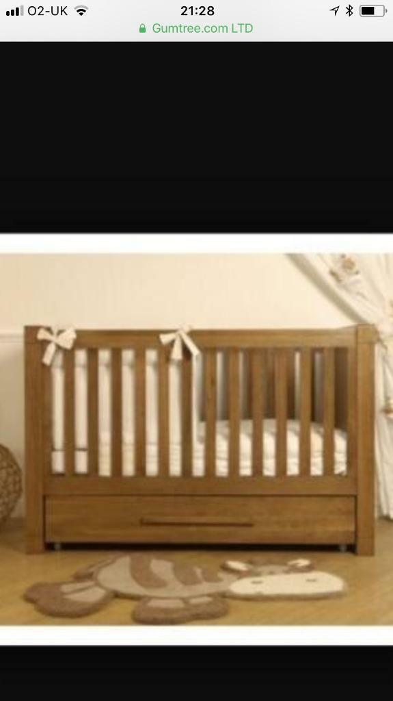 Bonito Bebe Moderno 2 Piece Nursery Furniture. Cot Bed And Drawers