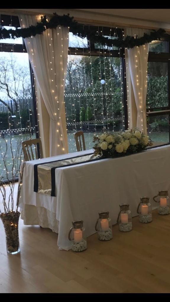 13 Black And Gold Table Runners