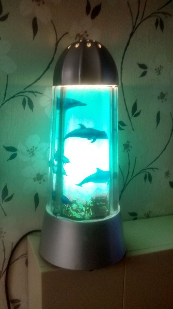 Good Dolphin Rotating Lamp
