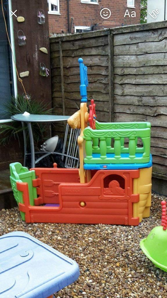 Delicieux Toy Pirate Ship /garden Toy (STILL AVAILABLE)