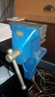 HIGH QUALITY ENGLISH MADE RECORD JEWELLERS VISE CLAMP ON