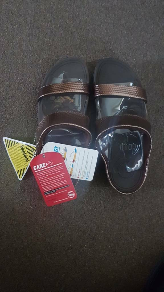 fitflop sandal Brown size 6 ukin Cheadle, ManchesterGumtree - fitflop sandal Brown size 6 uk