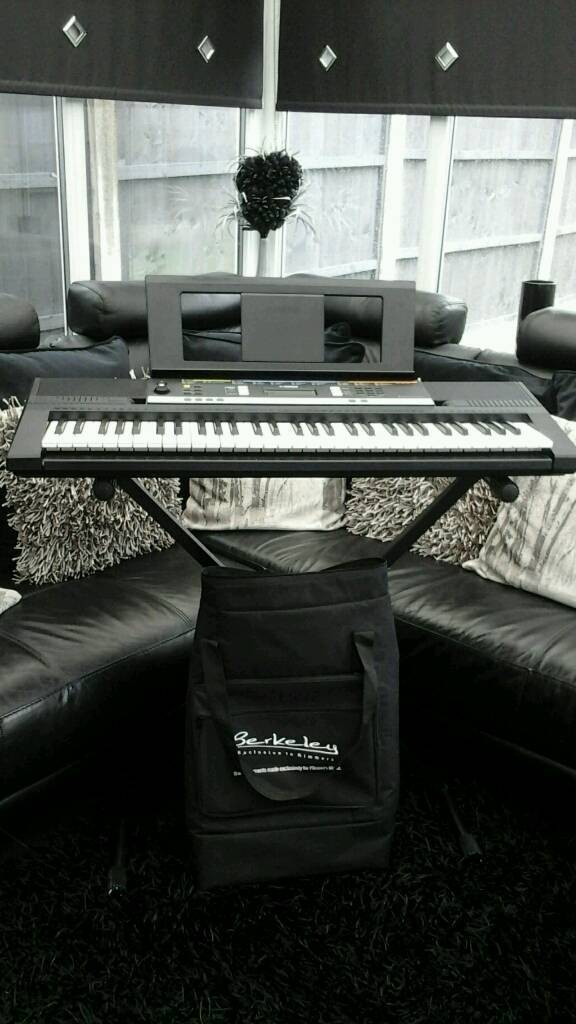 YAMMAHA PSRE243 DIGITAL KEYBOARDin Liverpool, MerseysideGumtree - LIKE NEW HARDLY USED COMES WITH CARRY BAG AND STAND