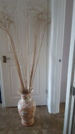 Large floor standing Vase with curly Ting Tings
