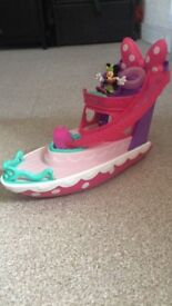 Minnie Mouse toy boat