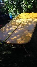 Pine table extendable