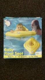 Baby float seat size 3-12 months