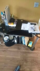 Black glass computer desk for sale. Only £15!!!