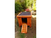 Small Animal Guinea pig Rabbit hutch hut for outdoors ideal for most Runs