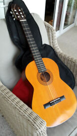 CLASSICAL SPANISH MADE FULL SIZE ACOUSTIC GUITAR BM ALMERIA + PADDED CASE
