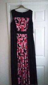 Rose/ black dress