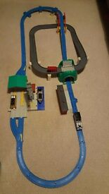 Thomas and Cranky deluxe action set by Tomy