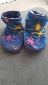 Joules slippers size 3 to 4 great condition