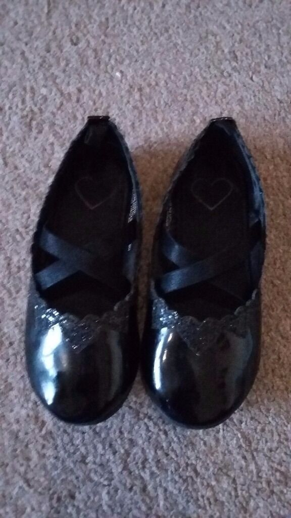 Size 7 girls black party shoes