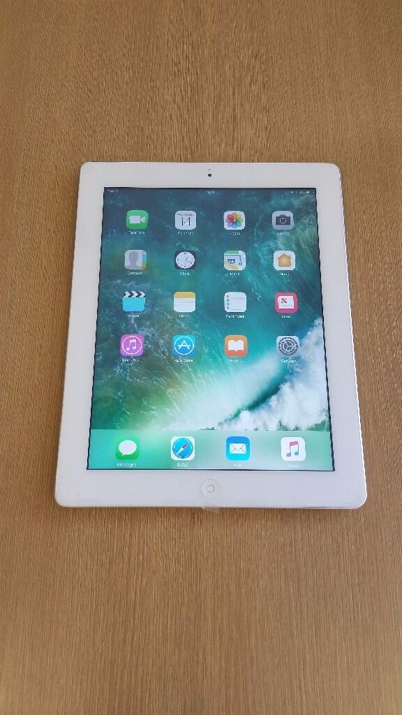 """ipad 4 """"32GBin Stoke on Trent, StaffordshireGumtree - ipad 4 white/gray colour 32GB no sim come with cable & charger AND 6 MONTH SHOP WARRANTY please dont call after 7pm"""