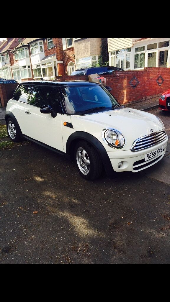 mini cooper 2009 white low mileage in stechford west. Black Bedroom Furniture Sets. Home Design Ideas