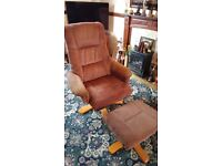 Shannon reclining Armchair and Foostool