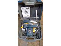 """""""Titan"""" Electric Circular Saw - 185mm 1400W - as new"""