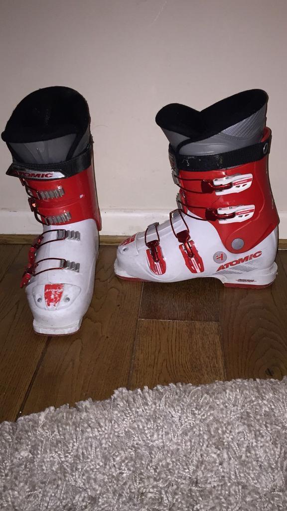 Atomic race ski boots size 7/8