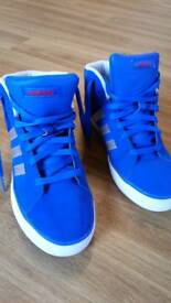 Adidas neo trainers size 5 and half
