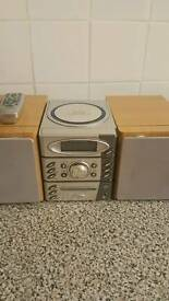 Goodmans cd player and radio with remote
