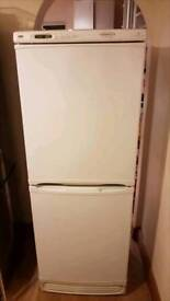 ☆ frost free☆ fridge freezer ☆ Hotpoint ☆ free local delivery 😊