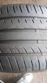 255/35/19 x1 excelon tyre