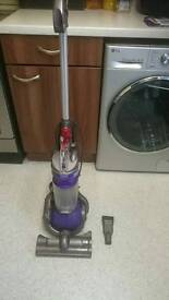 Hoover. Dyson dc 24.