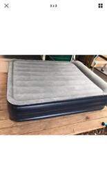 Inflatable air bed mattres
