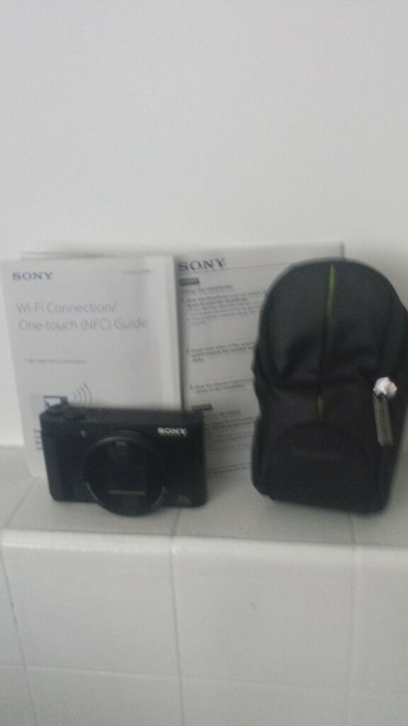 Sony cybershot hx90 camera with tripod