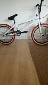 WE THE PEOPLE BMX CURSE AS NEW NOT USED RED WHITE TYRES MINT