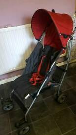 Single pushchair with feet cover