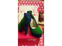 Green and blue suede shoe - size 4