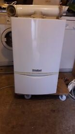 VAILIANT BOILER ecoTEC PLUS 831 - HEATING -PLUMBLING - COME WITH FLUE PIPE