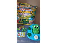 Electronic crunching crocodile game Great game for kids - Makes really funny snoring/eating sounds!