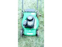 Self propelled ⛽ Lawnmower. Briggs & Stratton engine. Works well