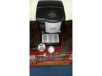 DeLonghi Coffe Machine