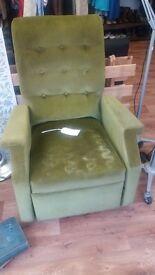 Art deco self reclining chair