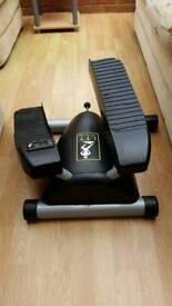 Lateral stepper leg trainer by Brenda Dygraf