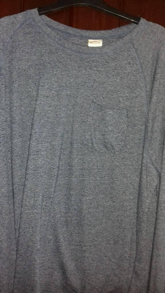 Hollister large longer sleeve tshirt