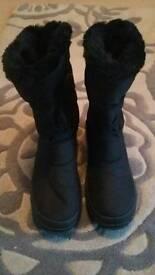 Womens Pavers Snow Boots Size 42 uk 8