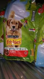 Friskies Dog food