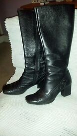 CLARKS Leather Ladies boots Black Size 7