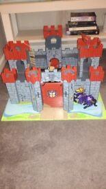 Lionheart wooden castle