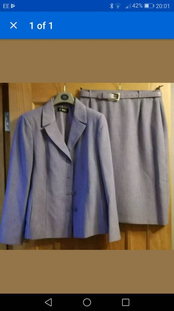 Ladies skirt & jacket suit